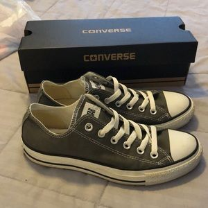 Converse Shoes - Grey and white converse